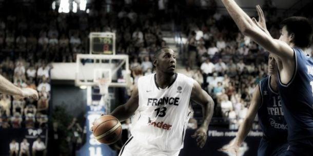 La France bat la Grèce en amical