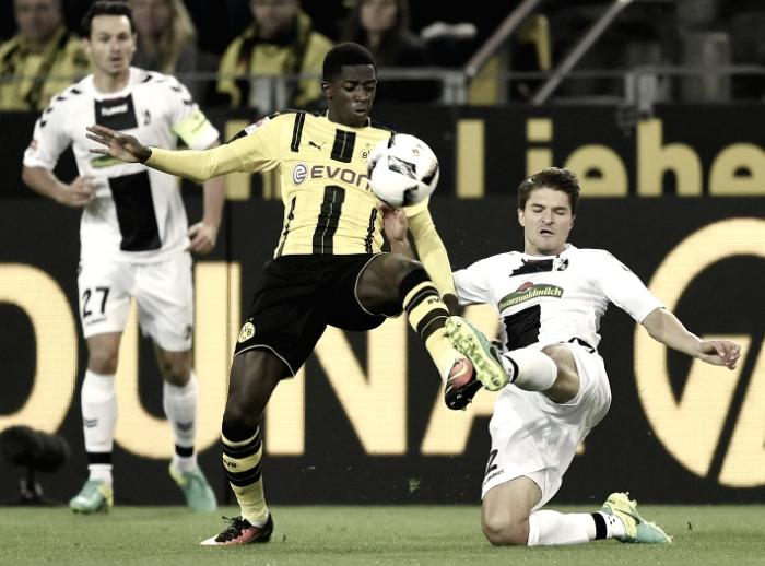 El Borussia Dortmund vence al Friburgo con un Marco Reus brillante