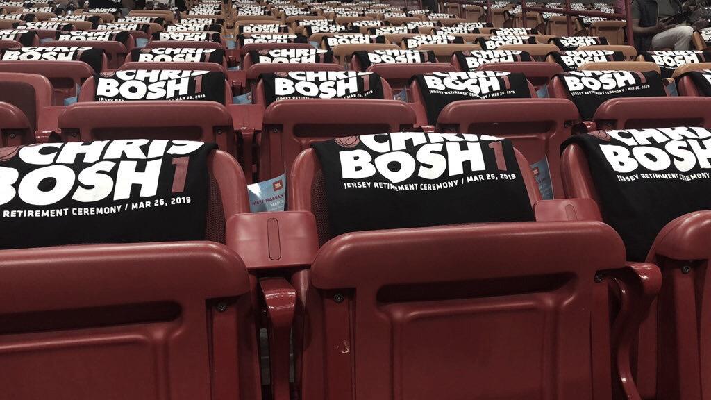 Miami Heat retira el #1 de Chris Bosh