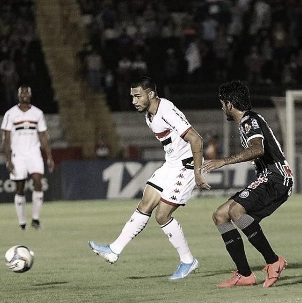 Em Ribeirão Preto, Operário-PR arranca empate no último lance diante do Botafogo-SP