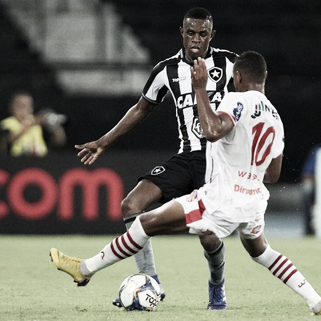 Botafogo joga mal e empata com Bangu na primeira partida dentro de casa na temporada