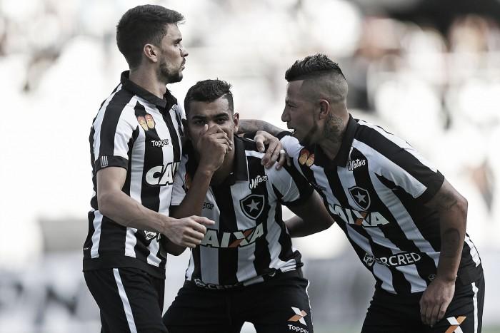 Brenner marca novamente, Botafogo bate Boavista e permanece invicto na Taça GB