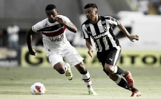 Santa Cruz vence Botafogo com superioridade e encaminha acesso à Série A
