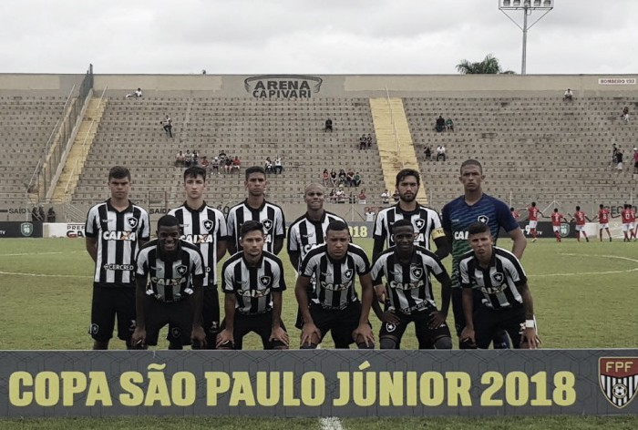 Botafogo encara Desportivo Brasil-SP na abertura do mata-mata da Copinha