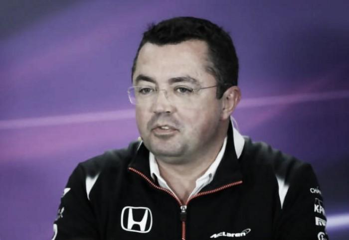 """Boullier: """"Los gestos de Alonso indican que quiere quedarse"""""""