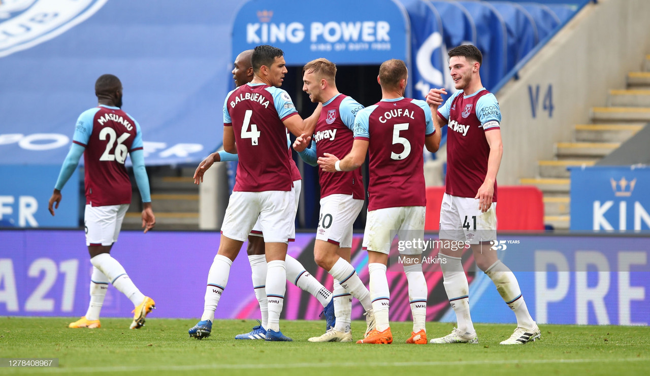LEICESTER, ENGLAND - OCTOBER 04: Jarrod Bowen of West Ham United celebrates with teammates after scoring his sides third goal during the Premier League match between Leicester City and West Ham United at The King Power Stadium on October 04, 2020 in Leicester, England. Sporting stadiums around the UK remain under strict restrictions due to the Coronavirus Pandemic as Government social distancing laws prohibit fans inside venues resulting in games being played behind closed doors. (Photo by Marc Atkins/Getty Images)