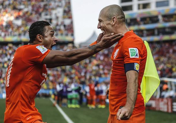 Olanda - Cile: le polemiche sull'arbitraggio e gli elogi di Robben