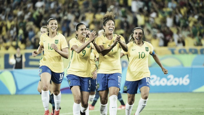 Brazil 5-1 Sweden: Hosts roll on with a thrashing