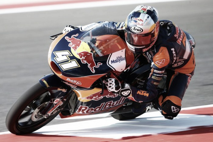 Brad Binder steals pole in Moto3 qualification