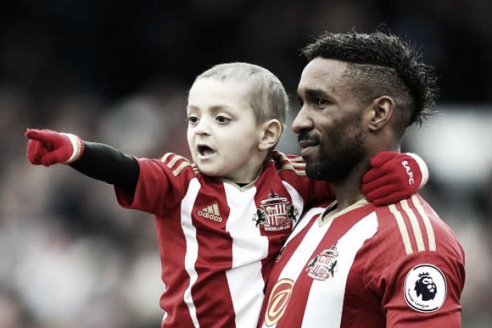 Cancro mata Bradley, o menino que comoveu o futebol inglês