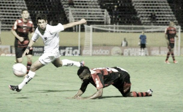 Bragantino vence o Oeste e respira na Série B
