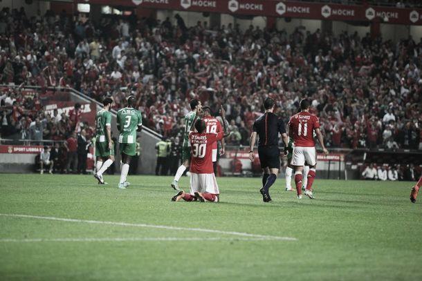 Talisca afastou as bruxas e fez Benfica vencer