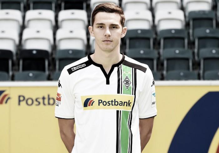 Ex-Gladbach, Branimir Hrgota assina por três temporadas pelo Frankfurt