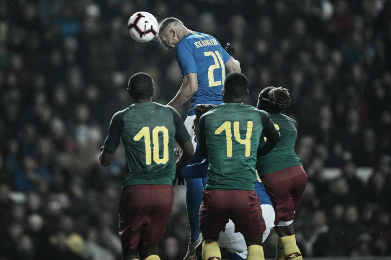 Com gol de Richarlison, Brasil vence Camarões em último amistoso do ano