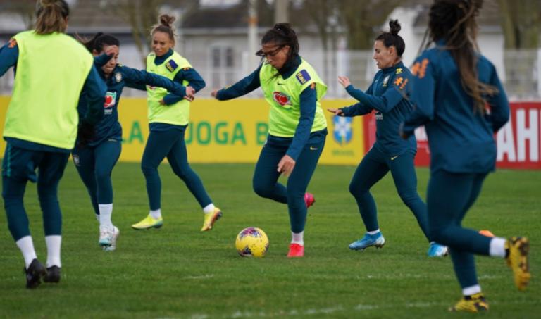 Sem torcida, Brasil encerra Torneio Internacional da França contra Canadá