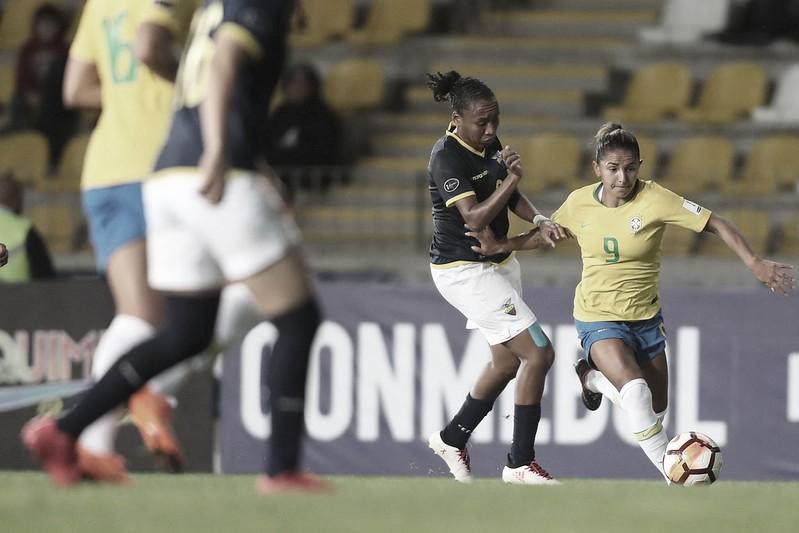 Seleção feminina volta a campo após oito meses e recebe Equador