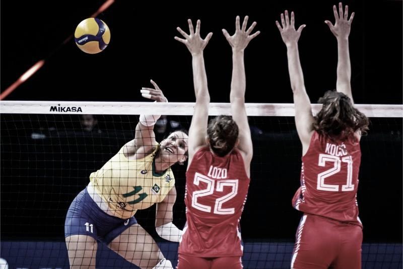 Brasil atropela Sérvia e segue em terceiro na Liga das Nações Feminina