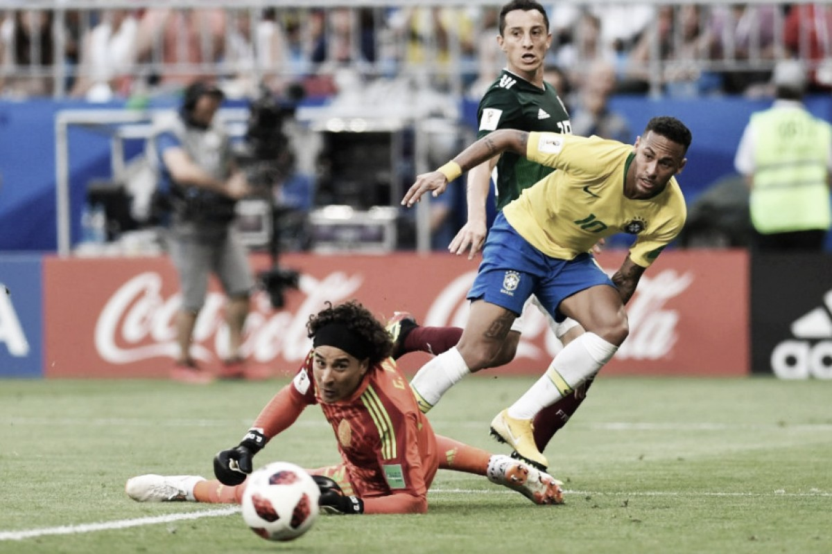Brasil avanza a cuartos a costa de México que sigue sin llegar al 5º partido