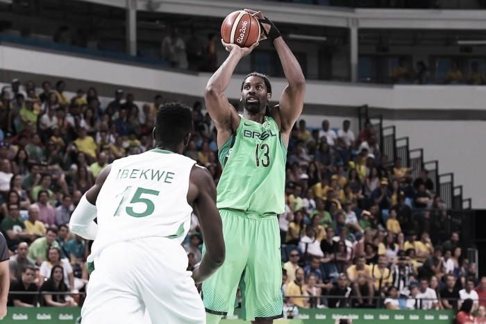 Brasil mantém sonho vivo e elimina a Nigéria no basquete masculino