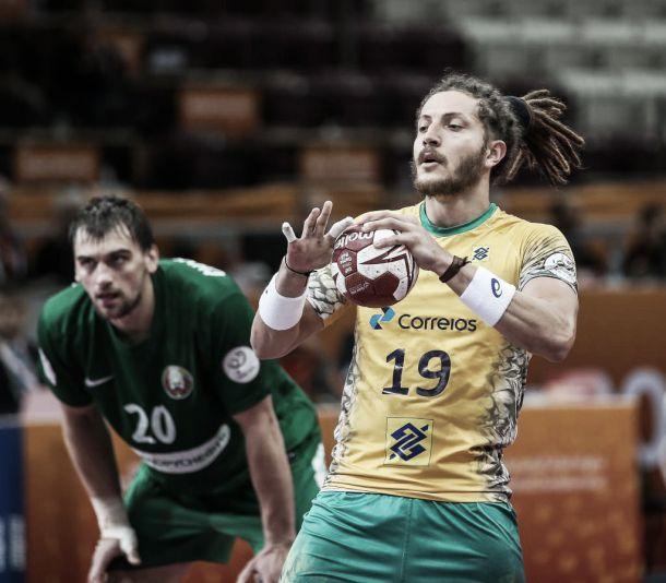 Brasil domina Bielorrússia e conquista primeira vitória no Mundial Masculino de Handebol