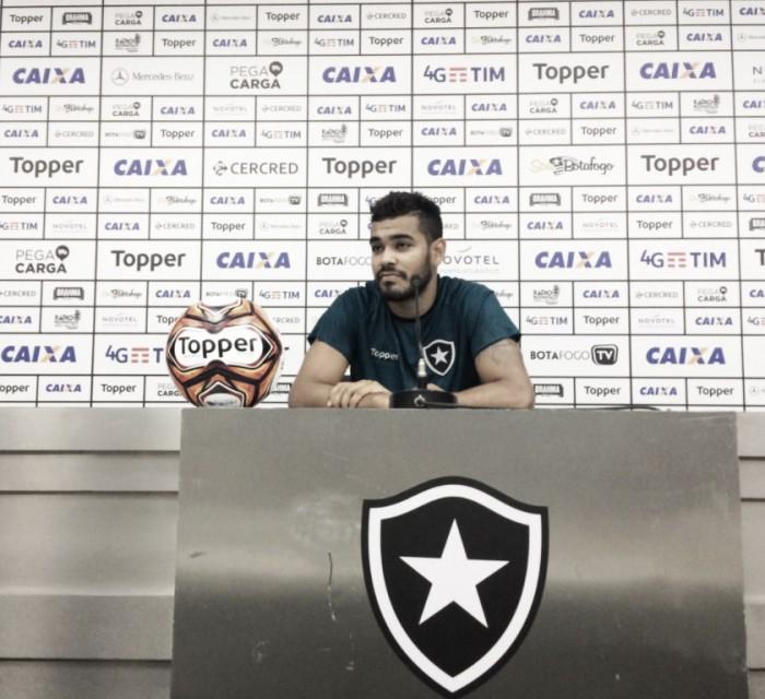 Brenner diz que Botafogo tem obrigação de avançar as semifinais — Carioca