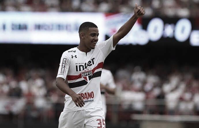 """Autor do gol, Brenner aprova empate do São Paulo contra Corinthians: """"Lutamos até o final"""""""