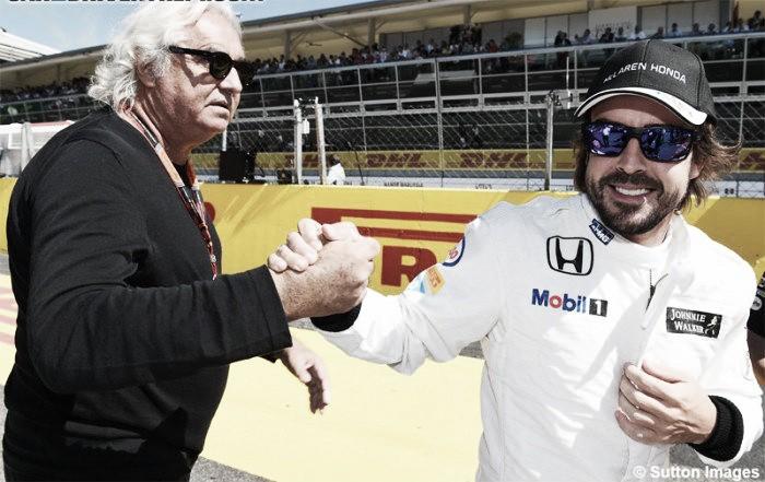 Briatore elogia Verstappen e diz que Alonso é superior a Vettel