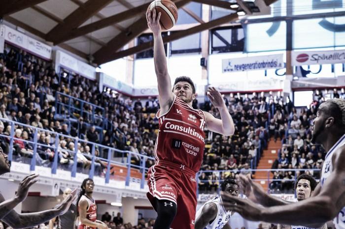 LegaBasket Serie A - Impresa Pesaro, Brindisi si fa rimontare e cade al supplementare (93-94)