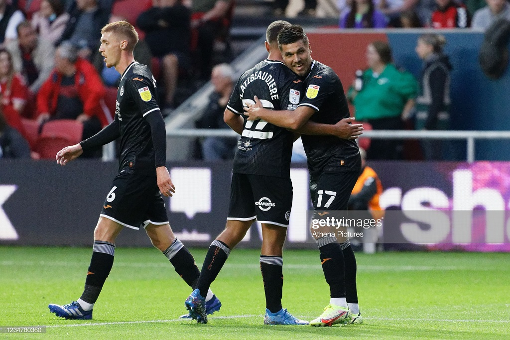Bristol City 0-1 Swansea City: First half goal from Piroe gives Swans all three points over Robins