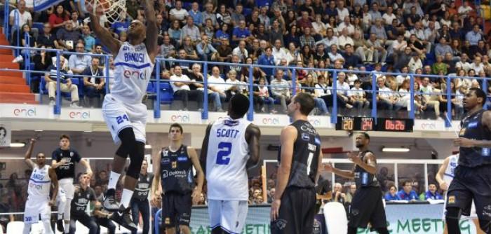 LegaBasket Serie A - Brindisi apre il campionato battendo una confusionaria Trento (69-61)