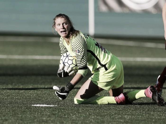 Portland Thorns acquire Britt Eckerstrom, North Carolina Courage acquire draft picks