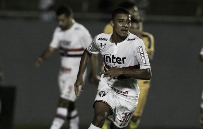 Brenner marca de novo, São Paulo vence Madureira e avança na Copa do Brasil