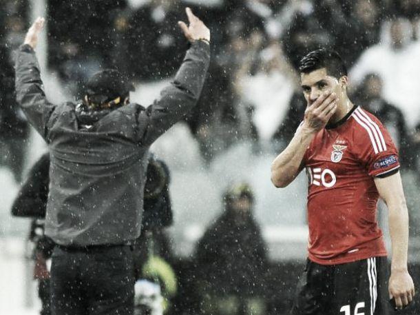 Manchester United: Van Gaal quer Enzo Pérez em Janeiro
