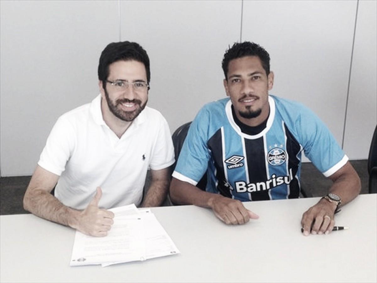 Reforço no ataque: Grêmio anuncia oficialmente contratação de Hernane Brocador