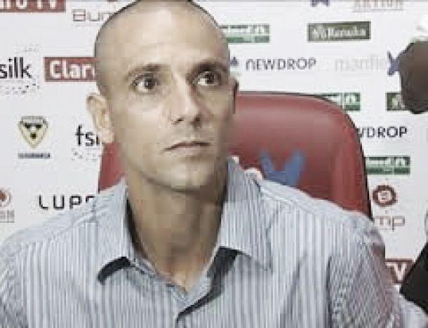 Bruno Quadros não é mais o técnico do Linense
