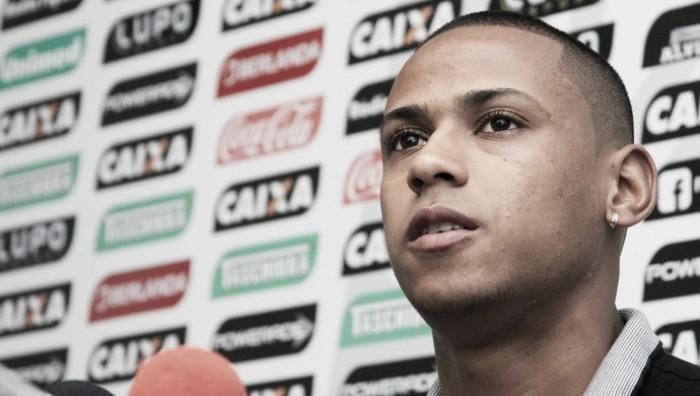 """Jogadores lamentam empate do Figueirense com América-MG: """"Sofremos um apagão"""""""