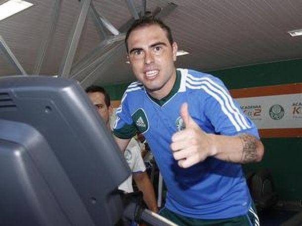 Bruno César ainda é dúvida para enfrentar o Corinthians