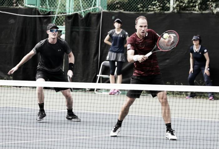 ATP 500 de Viena: Murray vence Simon de virada; Bruno Soares e Jamie Murray avançam