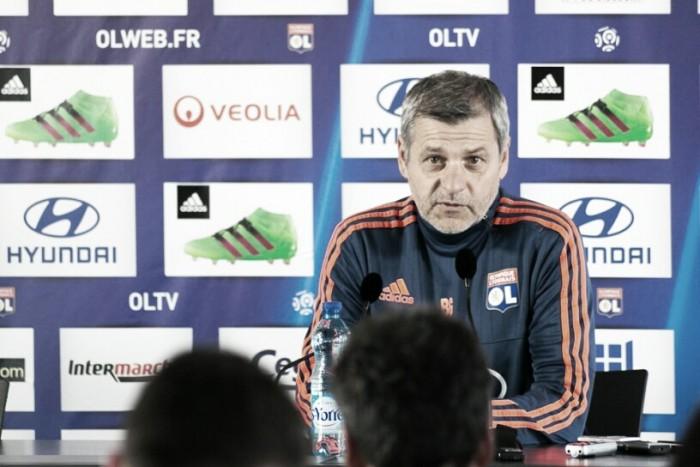 """Bruno Genesio: """"El equipo sabe lo que tiene que hacer"""""""