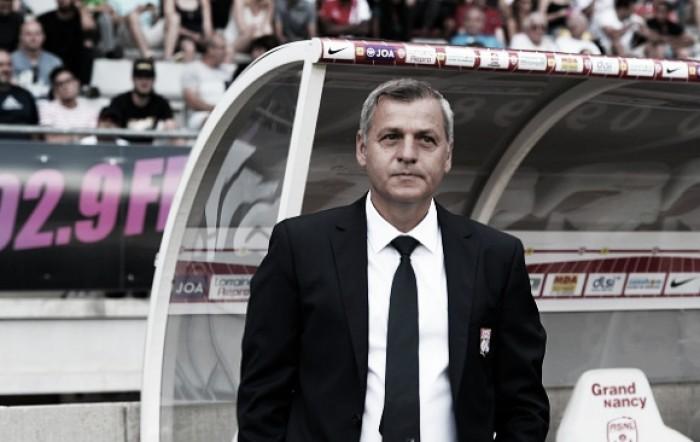 Técnico Bruno Génésio elogia Lacazette e celebra segunda vitória do Lyon na Ligue 1