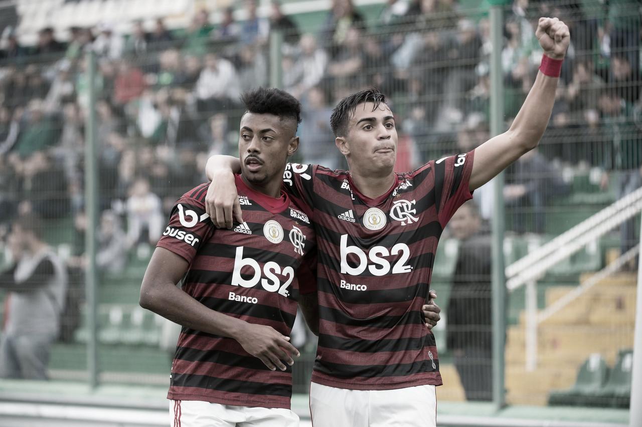 Apesar dos desfalques, Flamengo vence Chapecoense com tranquilidade