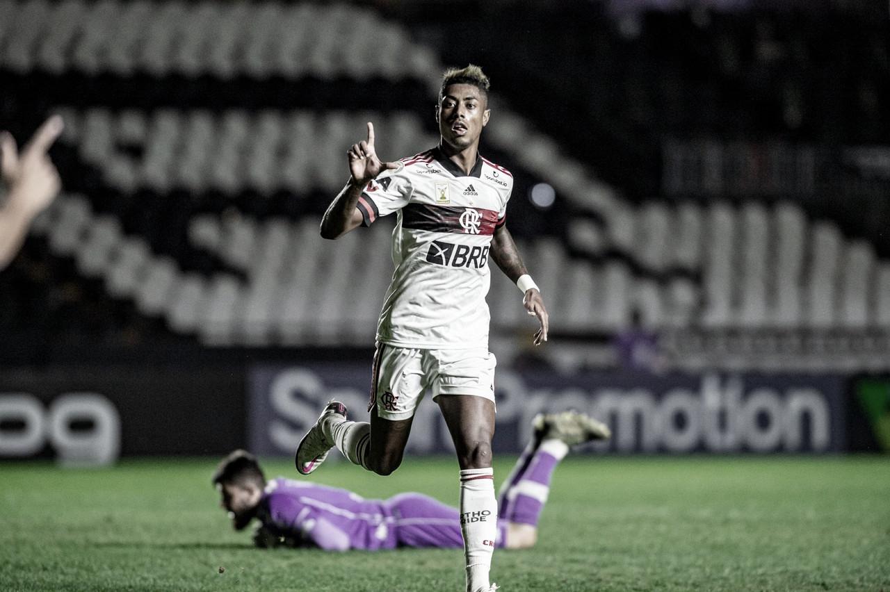 Rei dos clássicos, Bruno Henrique comemora 'gol na hora certa' e ascensão do Flamengo