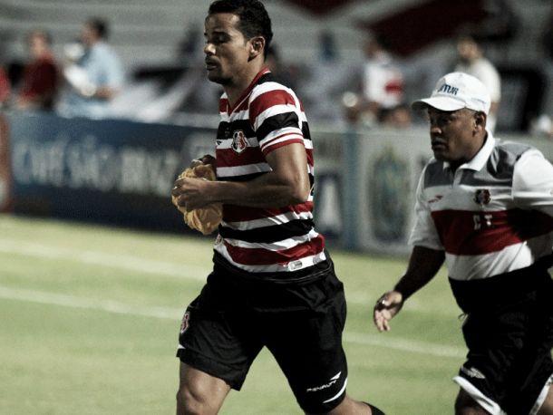 Bruno Mineiro segue sem treinar e pode ser desfalque no Santa Cruz diante do América-MG