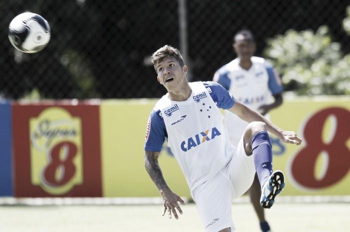 Bruno Nazário tem sua primeira oportunidade com o técnico Paulo Bento