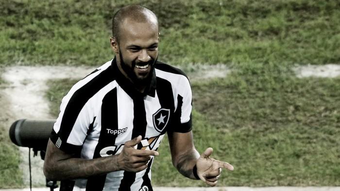 Bruno Silva confirma proposta do Cruzeiro e revela interessar ao Internacional