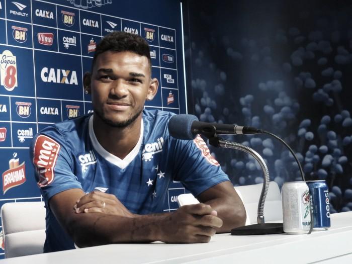 Cruzeiro aceita oferta do Olympiacos e libera Bruno Viana para fazer exames médicos