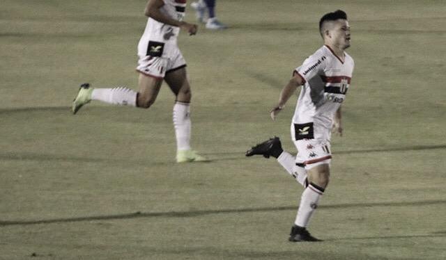 Com show de Ronald, Botafogo-SP derrota Confiança no retorno ao Santa Cruz