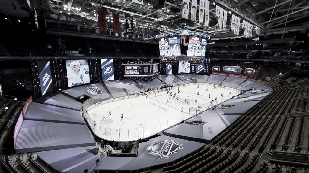 La NHL podría volver a la fórmula de la burbuja para los playoff