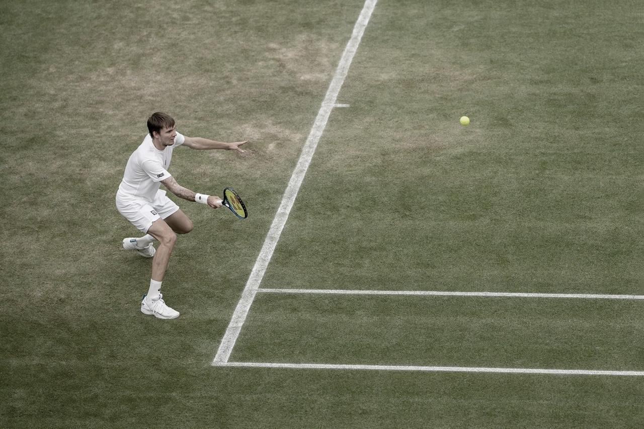 Com dois tiebreaks em três sets, Bublik desbanca Dimitrov em Wimbledon