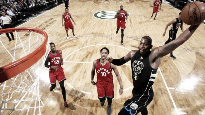 Bucks no tuvieron compasión contra los Raptors